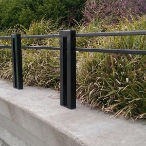 Plex Planter Fence E